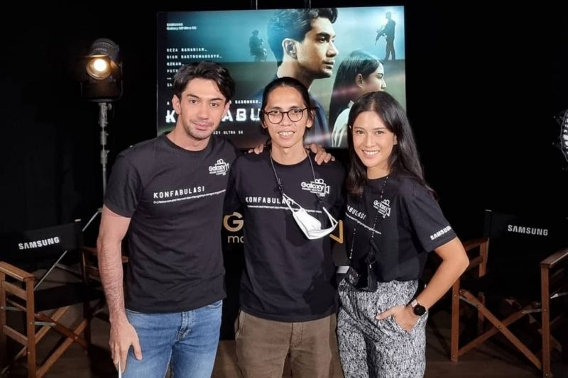 Dian Sastro dan Reza Rahadian syuting film bermodal ponsel