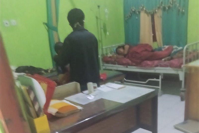 Ratusan warga Manggarai Timur keracunan makanan ditetapkan sebagai KLB