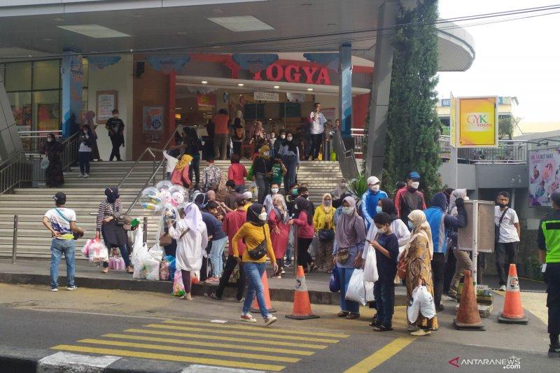 Pemkot Bandung antisipasi lonjakan pusat perbelanjaan akhir pekan ini