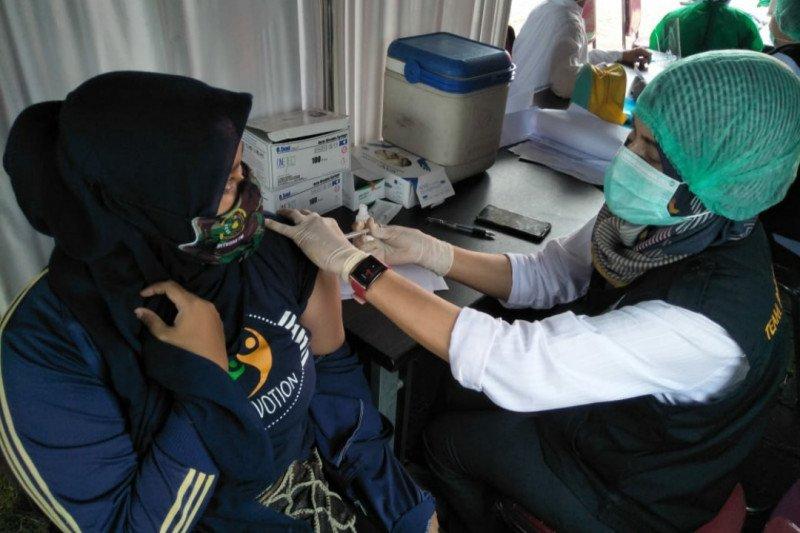 Jawa Barat tingkatkan vaksinasi di daerah padat penduduk