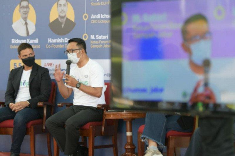 Jawa Barat komitmen kelola sampah berbasis digital