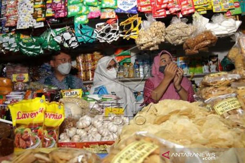 Hari Belanja Ke Pasar Tradisional Dan UMKM