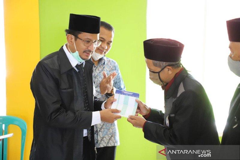 2.000 guru madrasah di Garut peroleh insentif