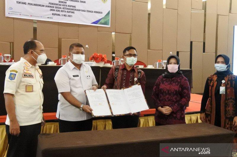 Pemkot Kupang berikan perlindungan sosial bagi pegawai non-ASN