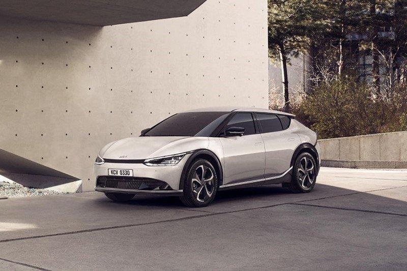 Kendaraan listrik Kia EV6 laku keras di Eropa