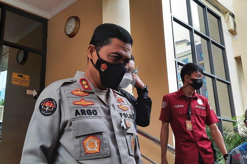 Densus 88 tangkap satu DPO terduga teroris di Sukabumi