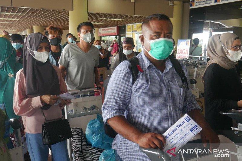 Belasan ribu orang tinggalkan Batam