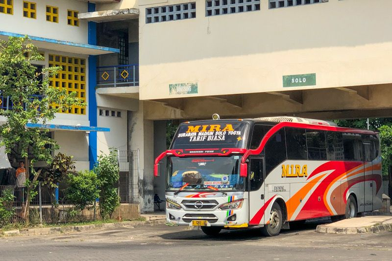 "Bus tanpa stiker khusus ""dihalau"" dari Terminal Giwangan"