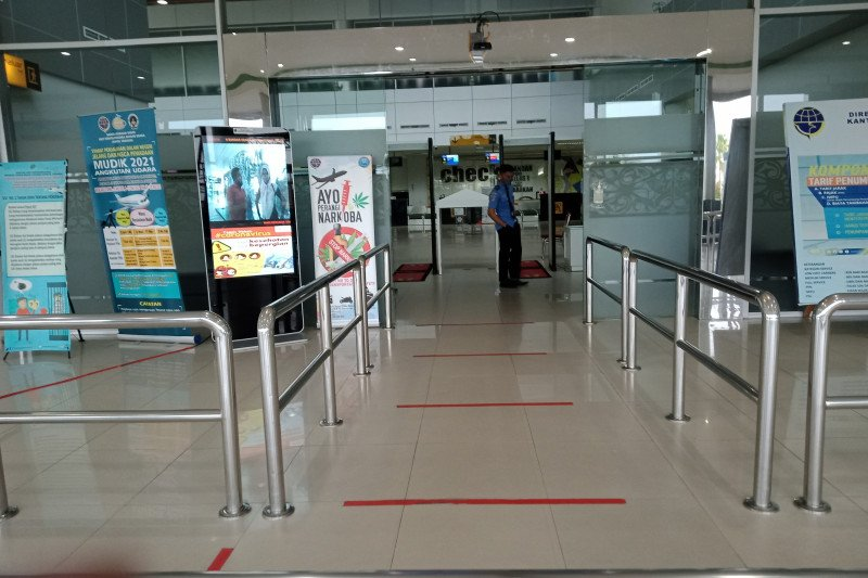 Bandara Internasional Tarakan sepi, patuhi larangan mudik