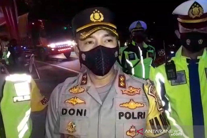 Polisi putar balikkan kendaraan pemudik di jalur selatan Tasikmalaya