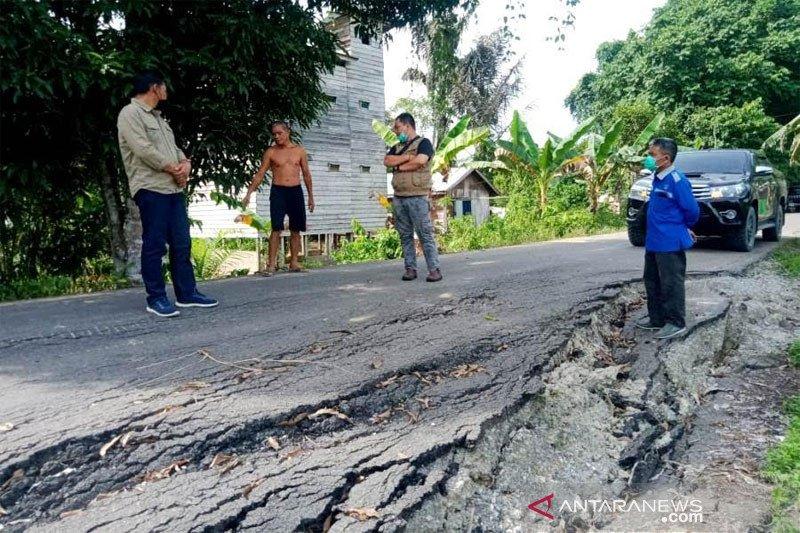 Jelang Lebaran, Dinas PUPR Barut  cek infrastruktur jalan dan jembatan