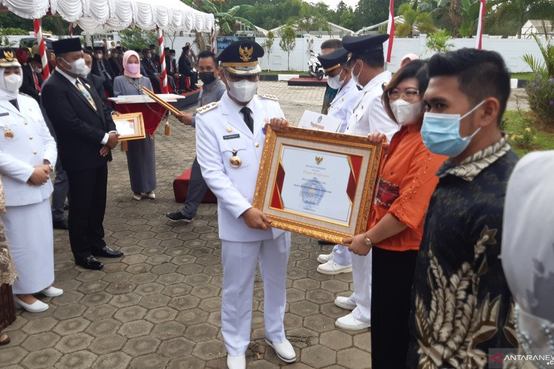 IPM urutan lima se-Indonesia, kado istimewa HUT Ke-190 Kendari