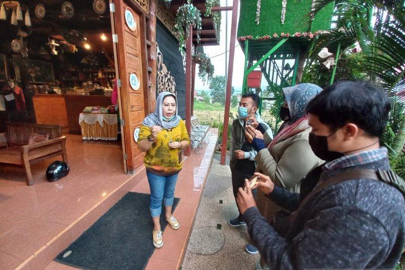 Pelaku wisata minta pemerintah bijaksana tutup objek wisata saat libur Lebaran