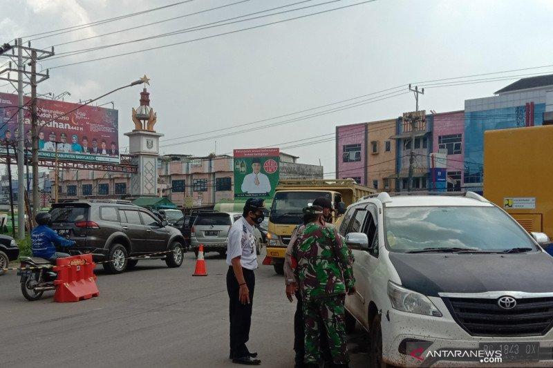 1.500 kendaraan gagal masuk Palembang sejak pemberlakuan larangan mudik
