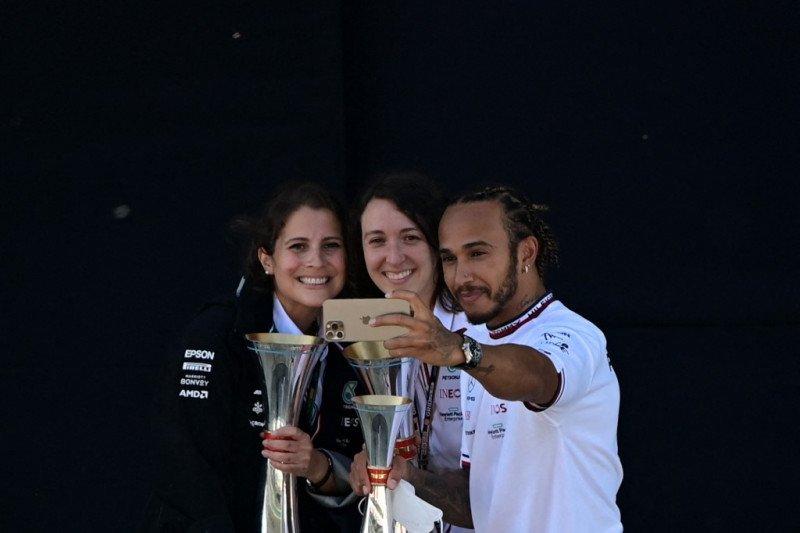 Lewis Hamilton berharap masa depannya temui kejelasan pada jeda musim panas