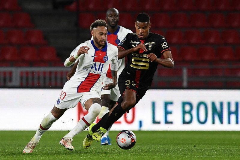 Liga Prancis - Renne rusak peluang PSG