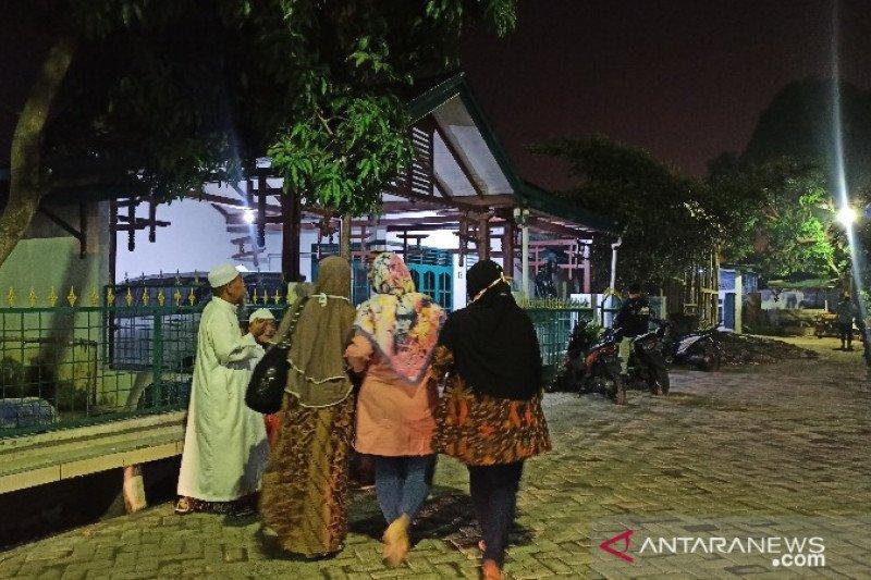 Ustadz Tengku Zulkarnain dikebumikan di Pekanbaru sesuai wasiatnya