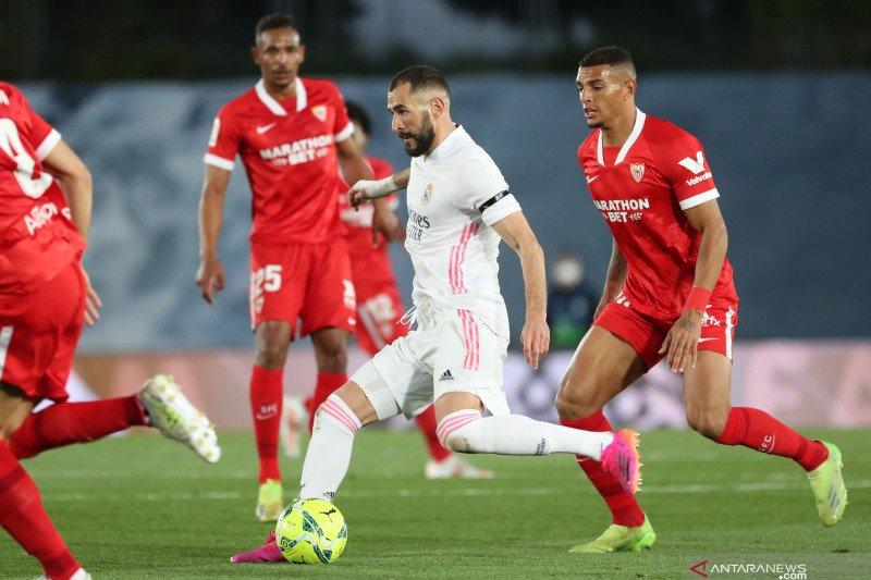 Ditahan imbang Sevilla, Madrid gagal puncaki klasemen