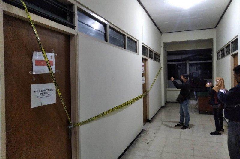 10 orang terkait OTT Bupati Nganjuk ditangkap