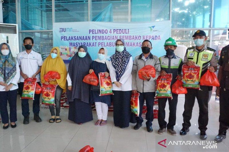 Jelang Idul Fitri 1442 Hijriah, PT Pelindo IV bagikan 5.456 paket sembako