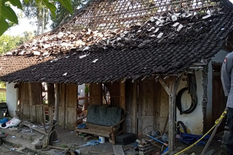 Dua korban ledakan petasan di Tulungagung Jatim akhirnya meninggal dunia