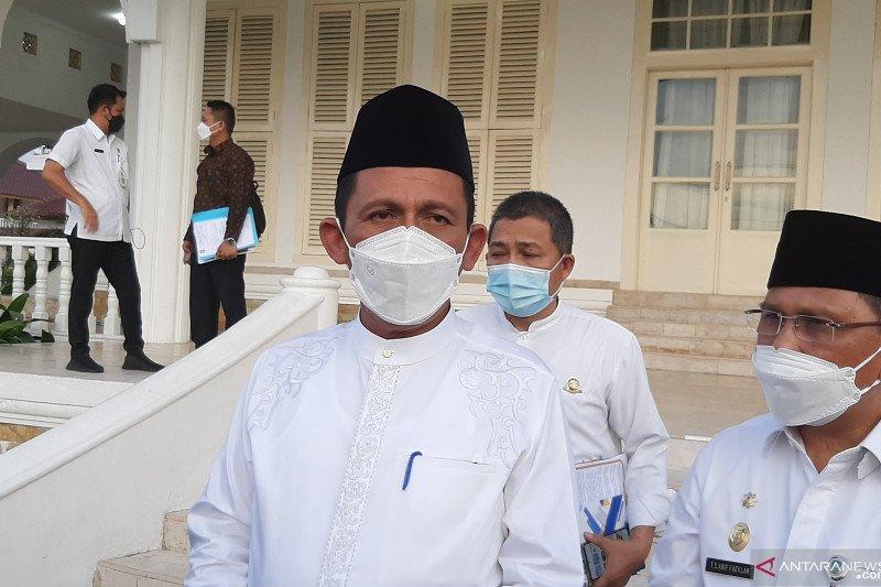 Gubernur Kepri shalat Idul Fitri di Natuna