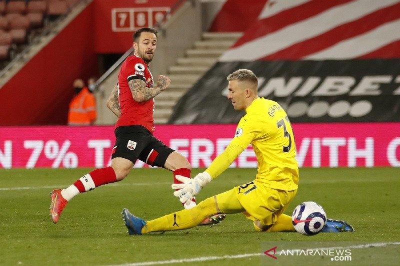 Dua gol Danny Ings membantu Southampton bekuk Palace 3-1