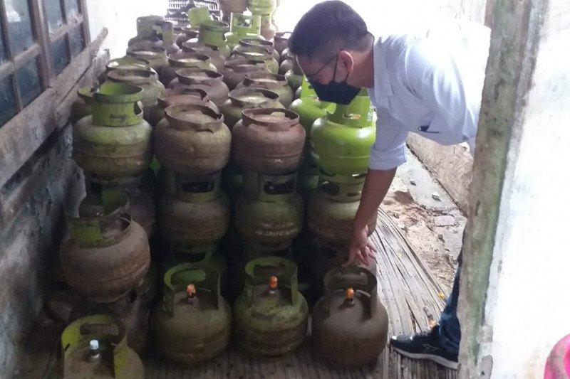 Di Lampung Pertamina sidak stok elpiji di pangkalan