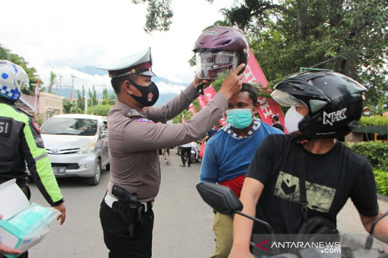 Patuh tidak mudik, Honda gelar safety cek dan ganti oli gratis di Palu