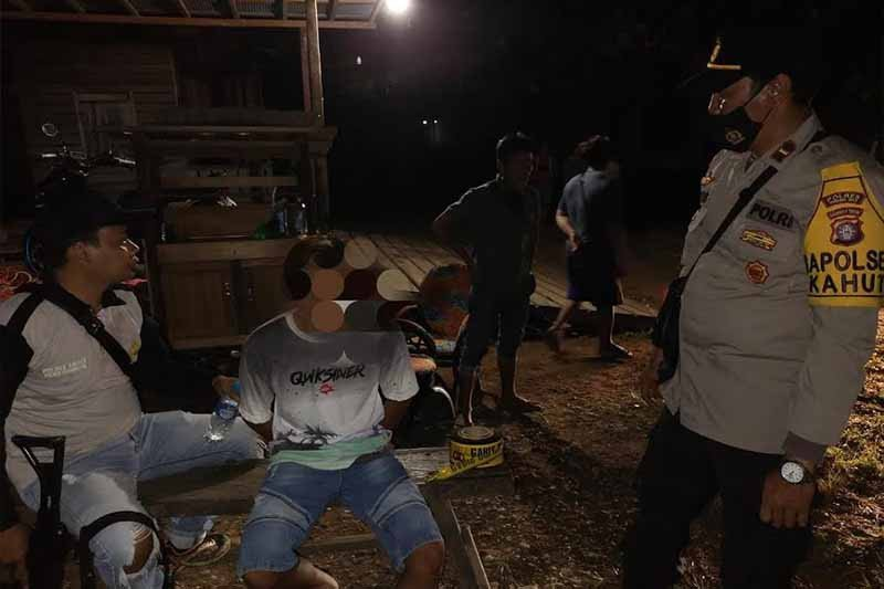 Diduga ketahuan mencuri, seorang pemuda di Gumas bunuh lansia