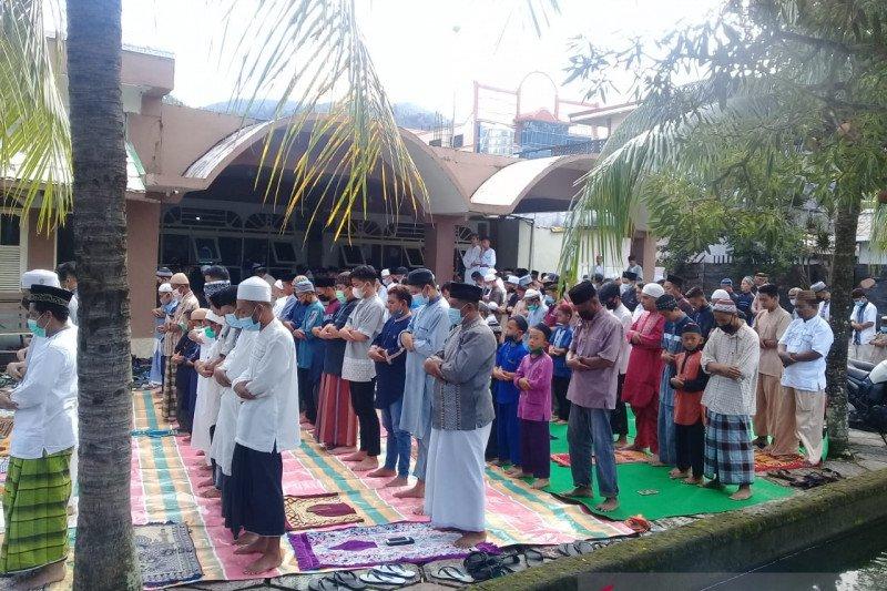 Pelaksanaan shalat Idul Fitri di  Sangihe patuhi Prokes
