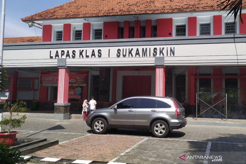 12 napi korupsi Lapas Sukamiskin Bandung dapat remisi Idul Fitri
