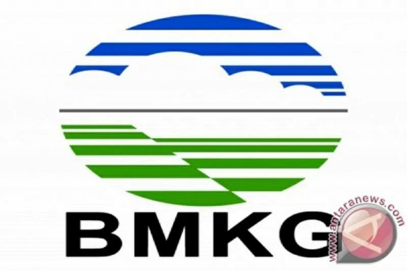 BMKG: Waspada hujan disertai petir-angin kencang, termasuk Kaltara