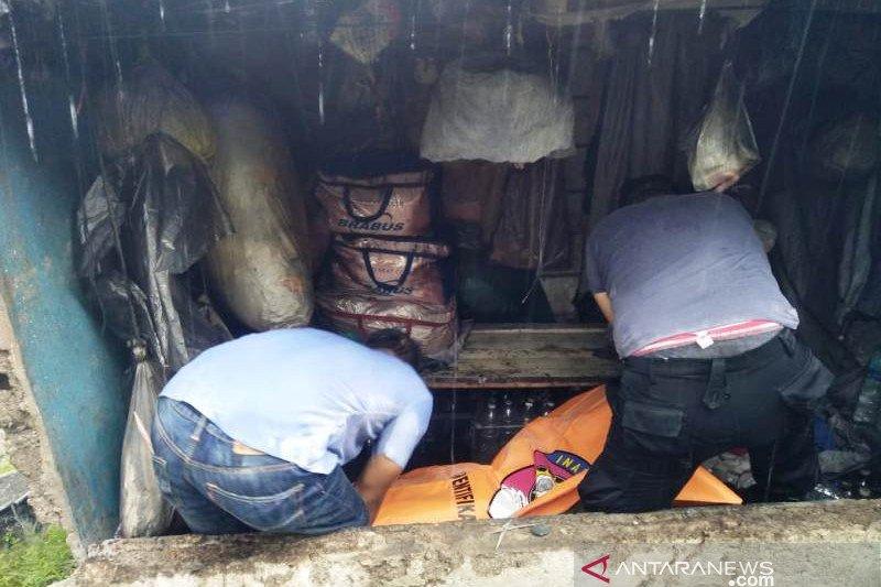 Penemuan mayat laki-laki di Padang Barat, Polresta turunkan unit identifikasi
