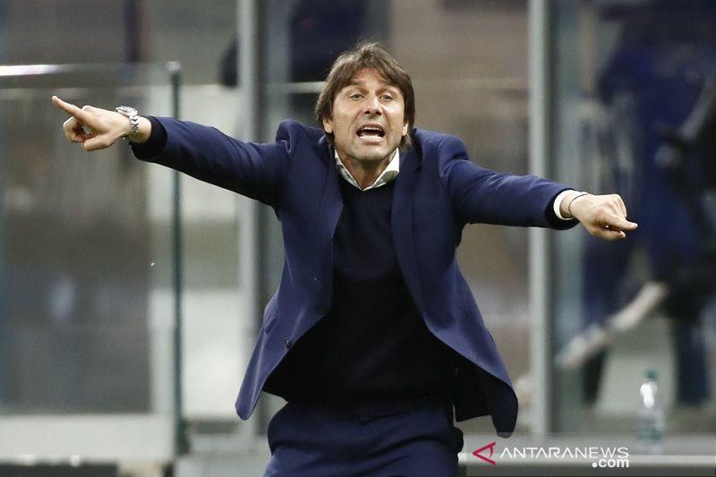 Pelatih Antonio Conte: uang bukan alasan saya putuskan pergi dari Inter Milan