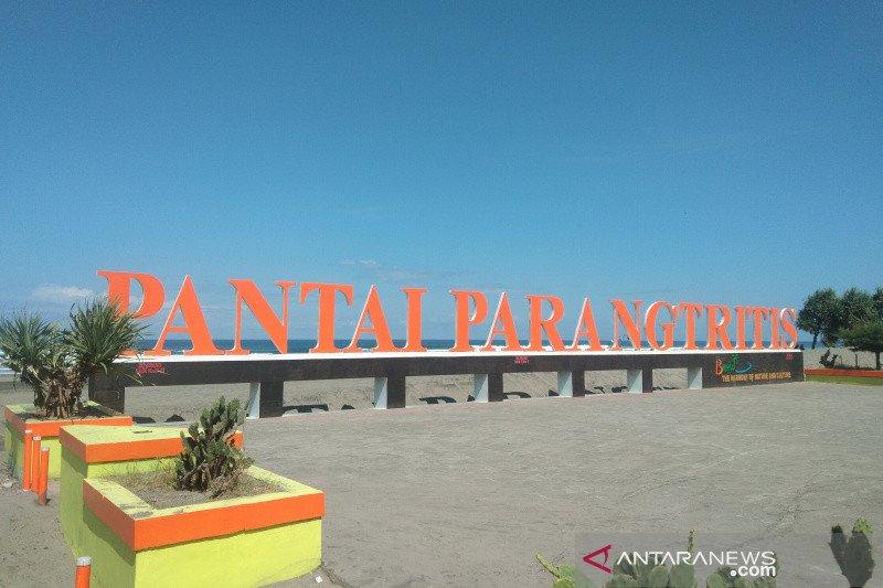 Objek wisata Parangtritis dikunjungi 30.910 orang selama libur Lebaran