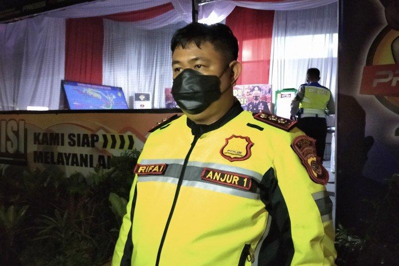 Kapolres Cianjur imbau wisatawan luar daerah tidak berlibur dulu ke Cianjur