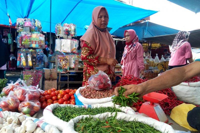 Pascalebaran harga cabai rawit di Dharmasraya melambung dan menembus Rp70.000 per kilogram