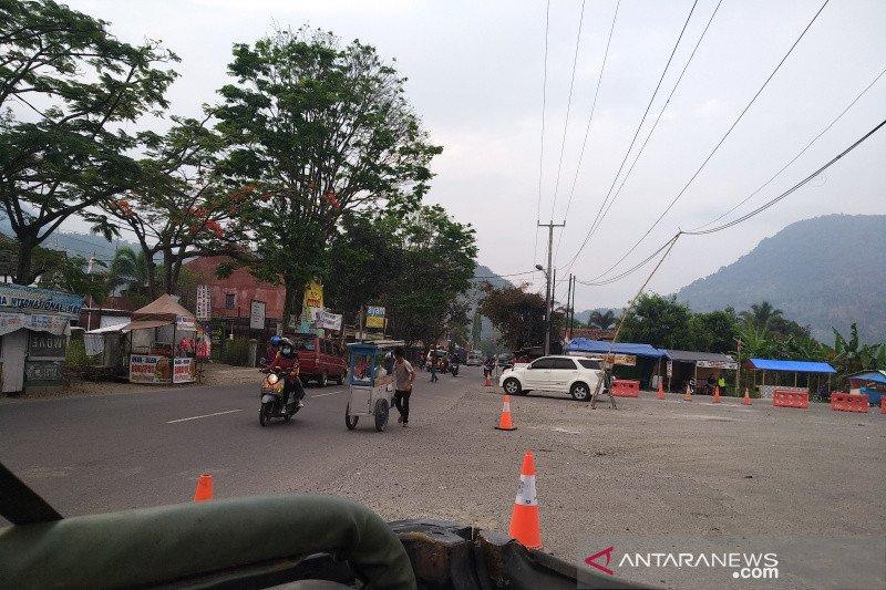 Arus kendaraan di jalur Bandung-Garut berangsur normal