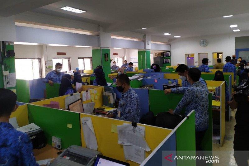 Pemkot Bandung pastikan tak ada ASN bolos di hari pertama kerja usai Lebaran
