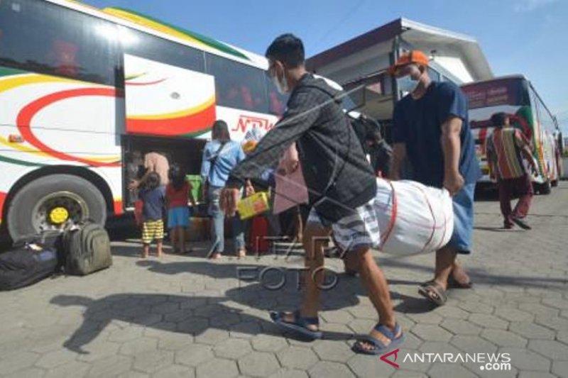 Arus Balik Bus AKAP Dari Padang Ke Jakarta