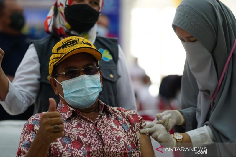 Warga penerima vaksin lengkap Senin hanya bertambah 25.318 jiwa