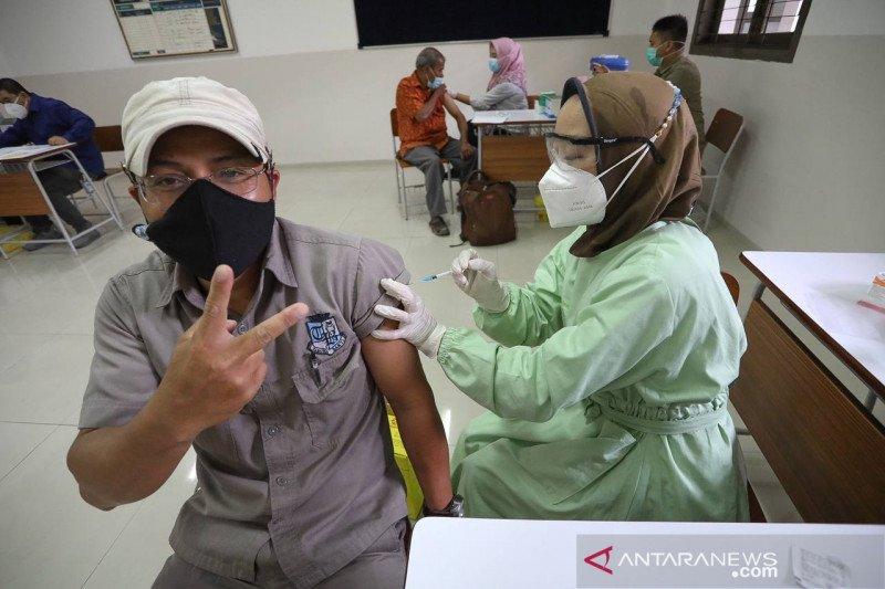 Vaksinasi pelayan publik Kota Bandung telah capai 96,5 persen