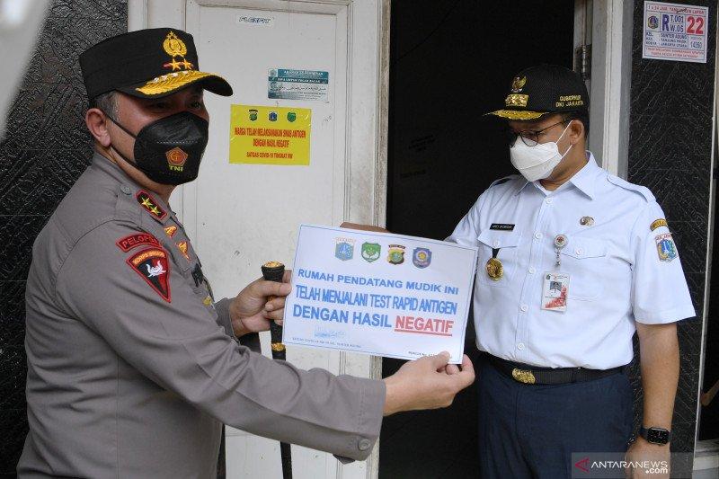 476 pemudik kembali ke Jakarta terindikasi COVID-19