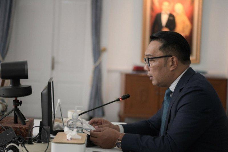 Gubernur Jabar minta OJK dan BI tingkatkan literasi keuangan digital