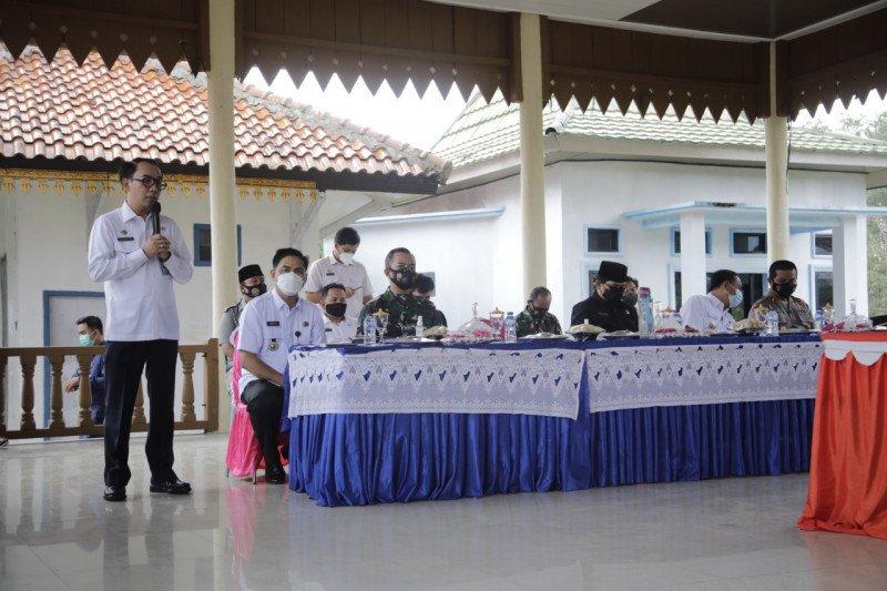 Bupati Waykanan hadiri deklarasi pemilihan kepala kampung