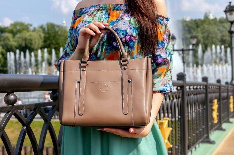 Lakukan ini agar tas kulit tak rusak meski lama tak dipakai - ANTARA News