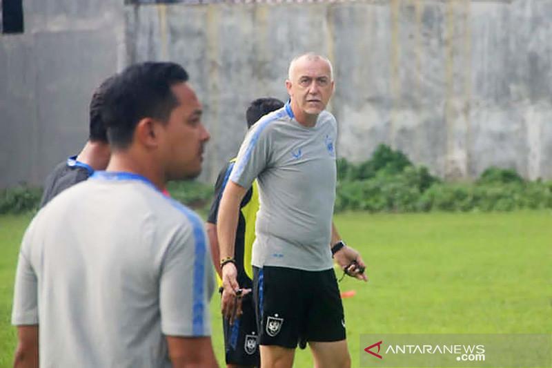 Liga 1 Indonesia 2021, Pemain PSIS latihan ekstra