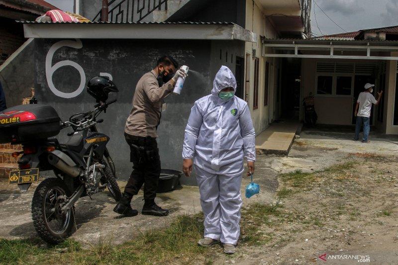 Waspada, 37 kelurahan di Pekanbaru masih zona merah COVID-19