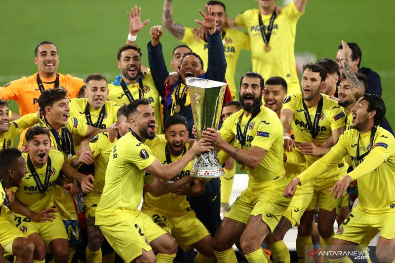 Kapten Raul Albiol gembira bisa bantu Villarreal juara Liga Europa